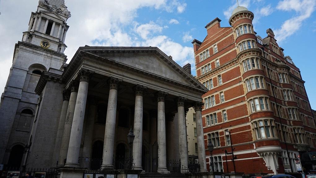 St. George's in Bloomsbury in Londen